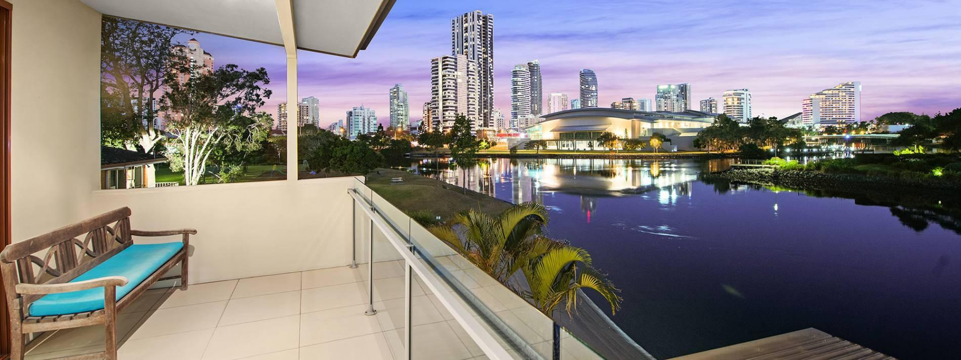Gold Coast Villa 5434