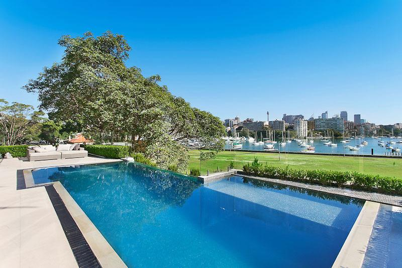 Sydney Villa 592