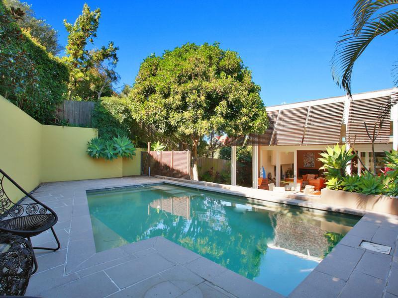 Sydney Villa 5109