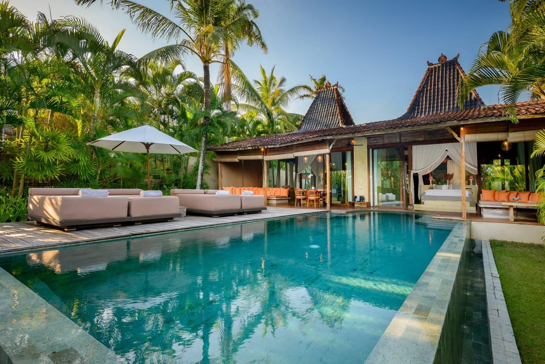 2 Bedroom Beachfront Luxury Pool Villa  Canggu  Bali