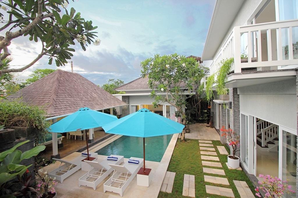 Batubelig Villa 3644