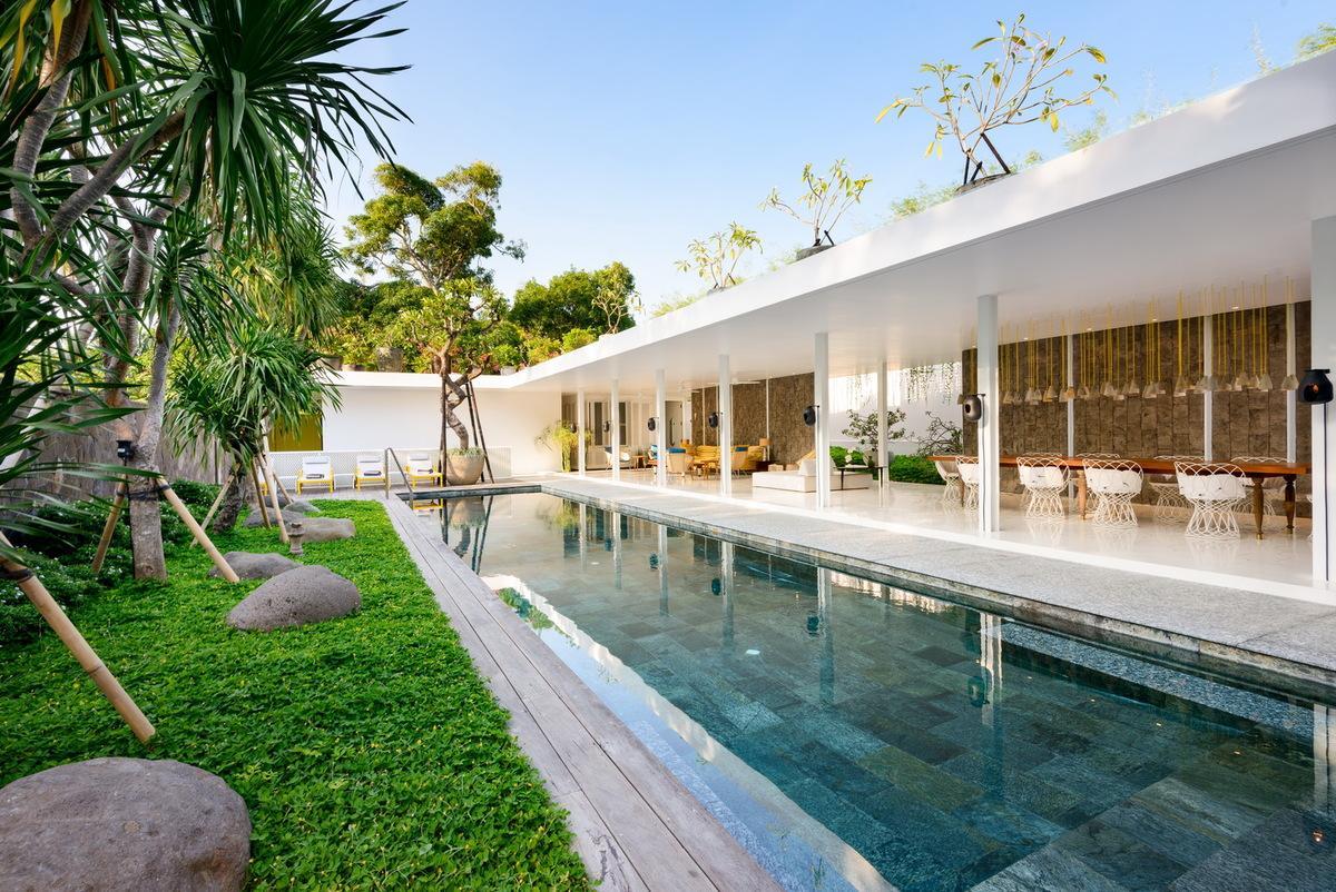 Batubelig Villa 3737
