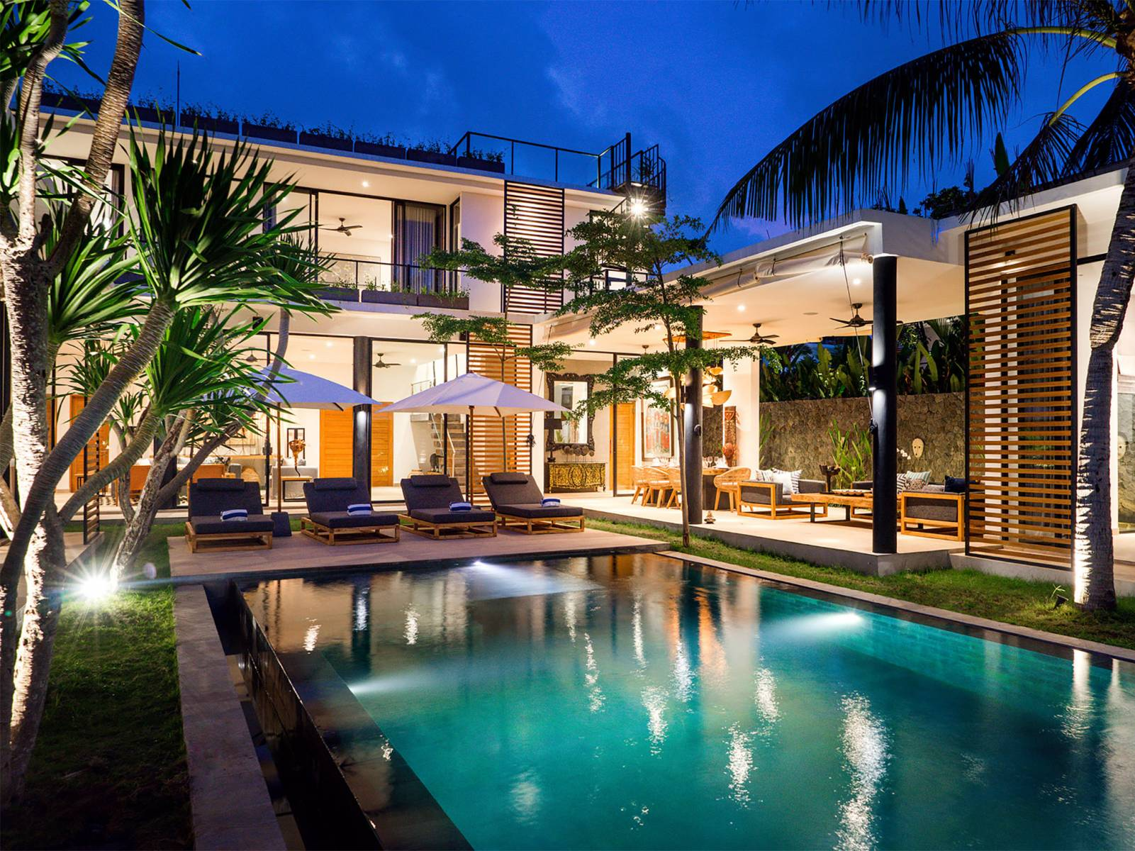 Villa 3067 - 4 Bedrooms in Berawa Beach