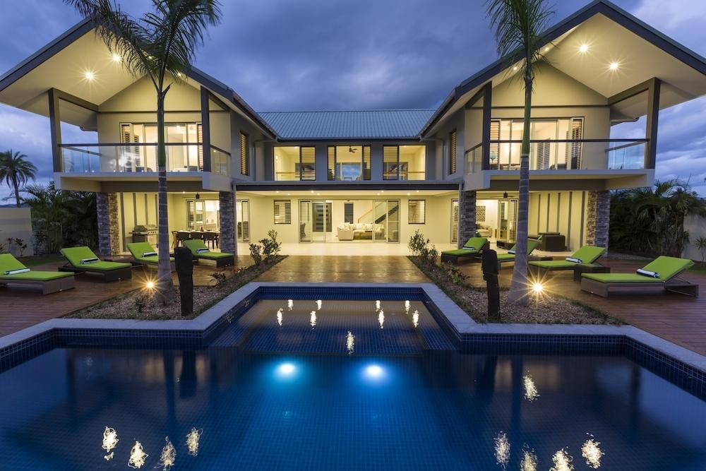 Villa 719