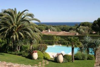 St. Tropez Villa 1072