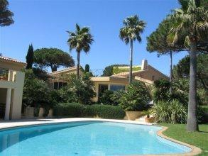 St. Tropez Villa 1084