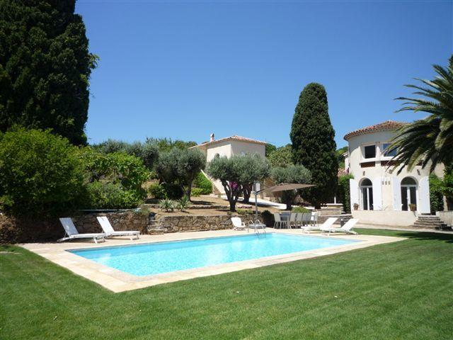 St. Tropez Villa 1832