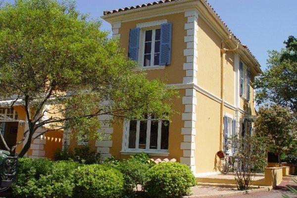 St. Tropez Villa 1837