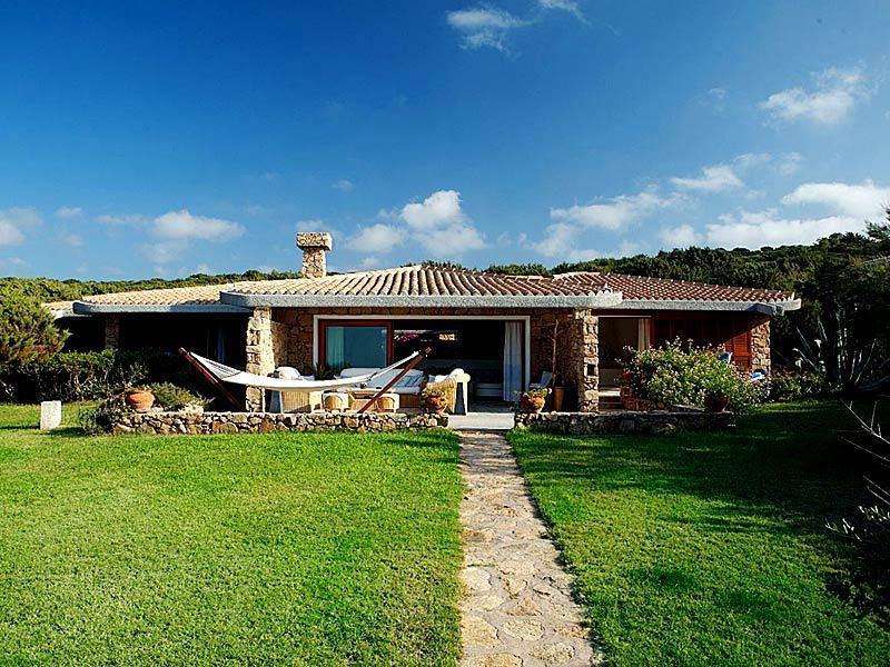 Villa 944