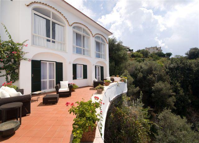 Villa 947