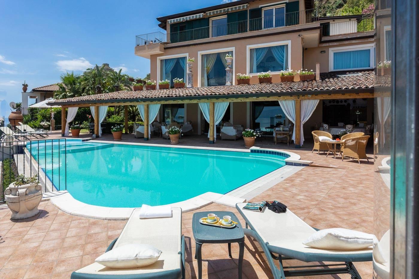 Villa 9211