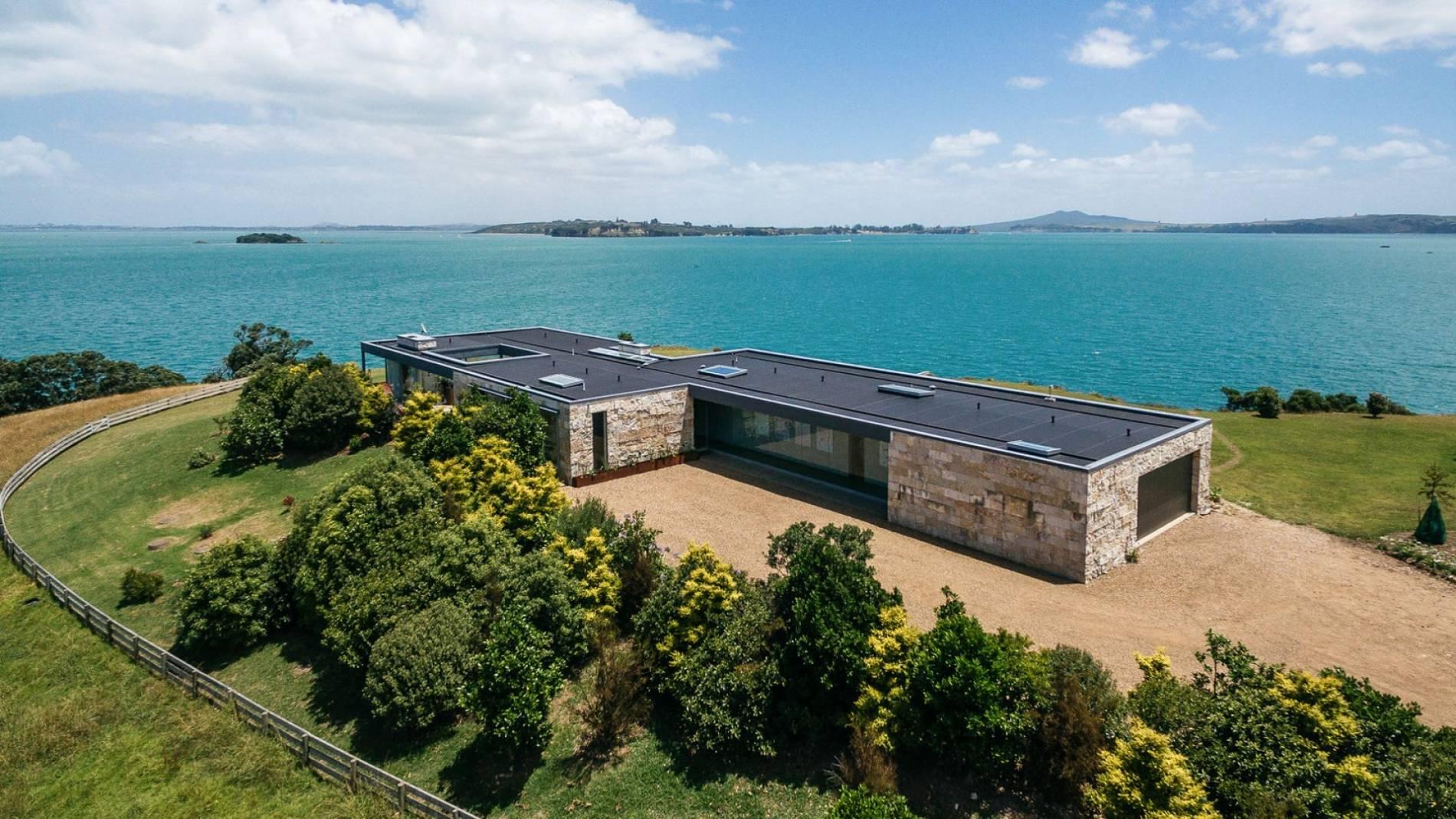 Waiheke Island Villa Rentals in New Zealand - Luxury