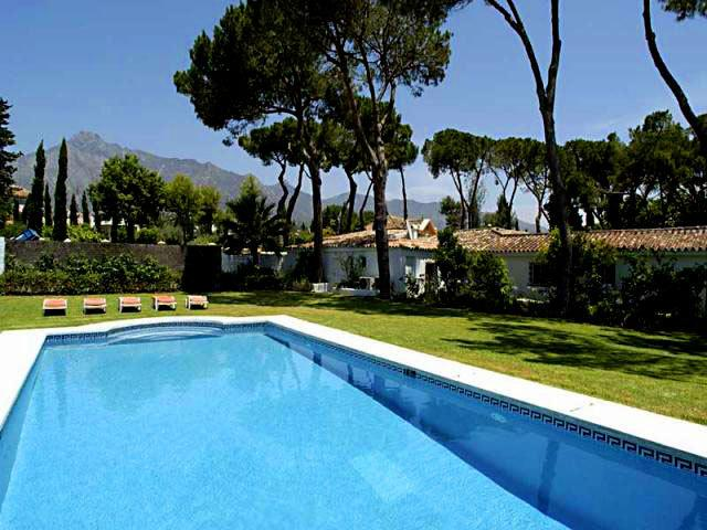 Marbella Villa 1112