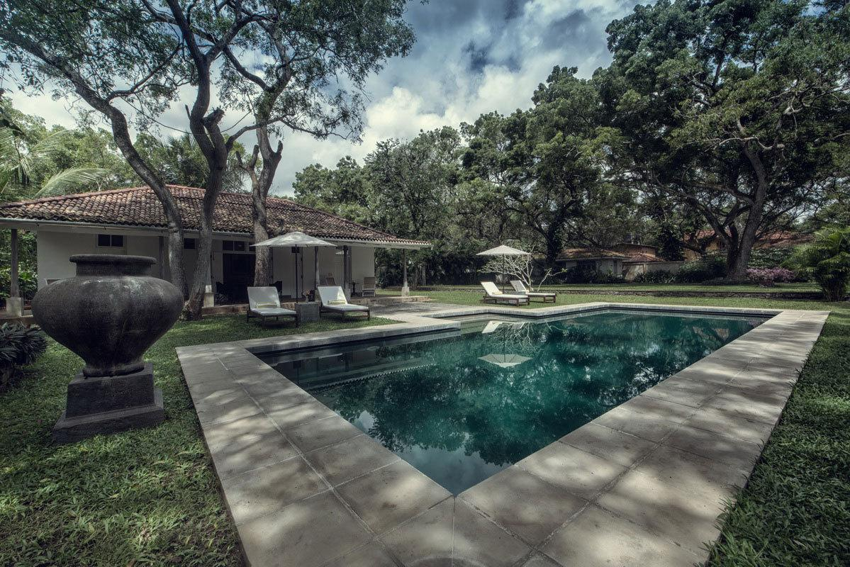 6 Bedroom Holiday Beach Villa With Pool In Tangalle Sri Lanka