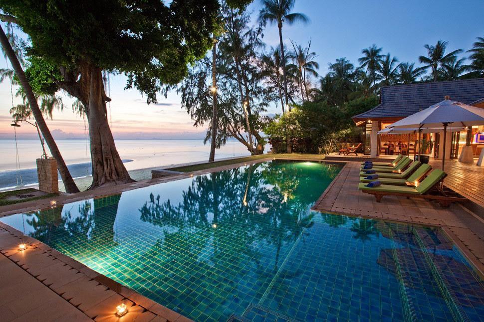 Absolute beachfront private villa with pool 6 bedroom for Koh tao cabana koi pool villa
